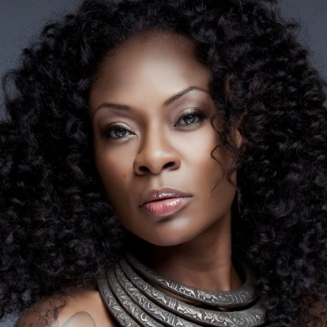 Jully Black_closeup